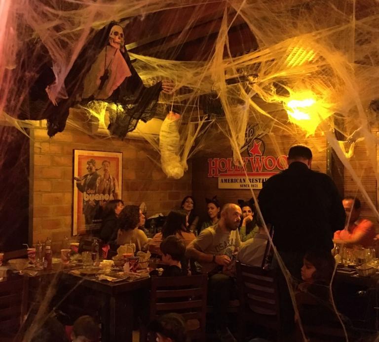 halloween en fosters hollywood